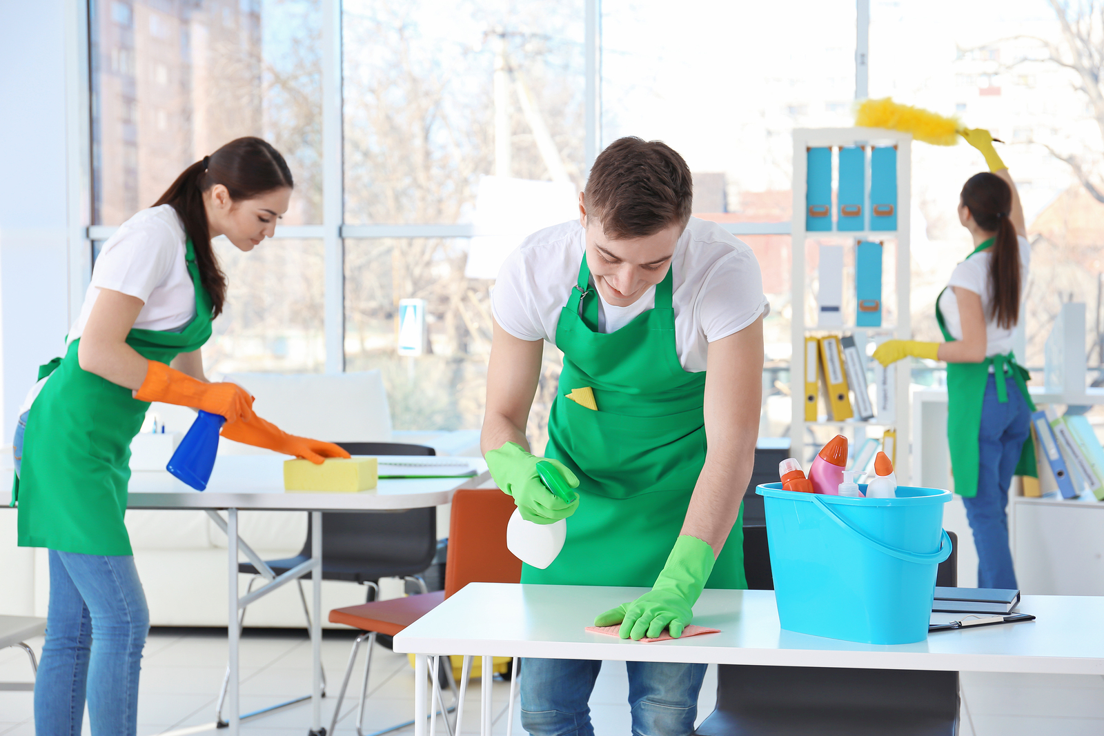 how to keep the office kitchen clean